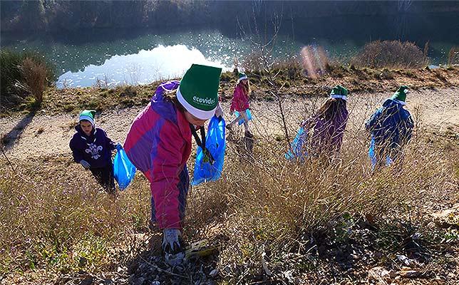 Jornada de voluntariado para limpiar la margen del Duero y río Golmayo