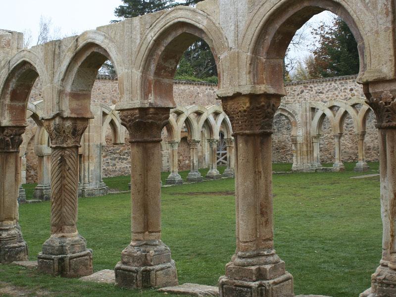 El mejor románico Arcos de San Juan de Duero