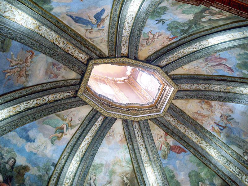 Cúpula interior ermita San Saturio Soria