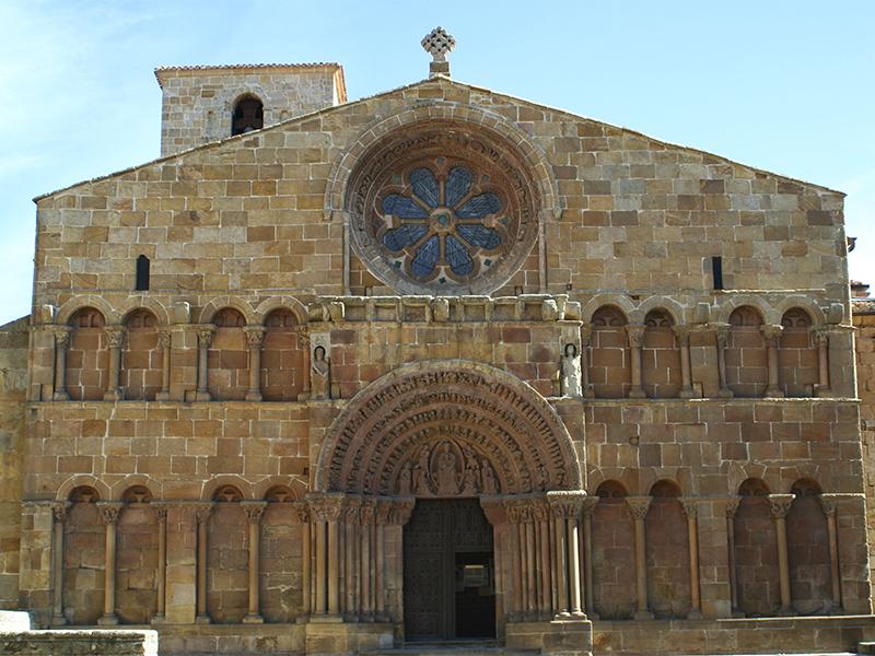 Fachada de la iglesia de Santo Domingo