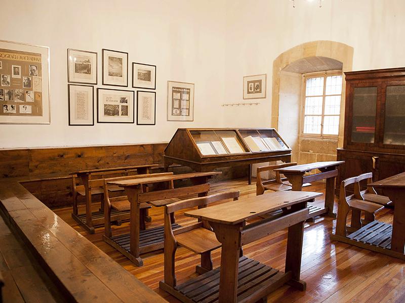 Interior del aula de Machado en el Instituto Antonio Machado