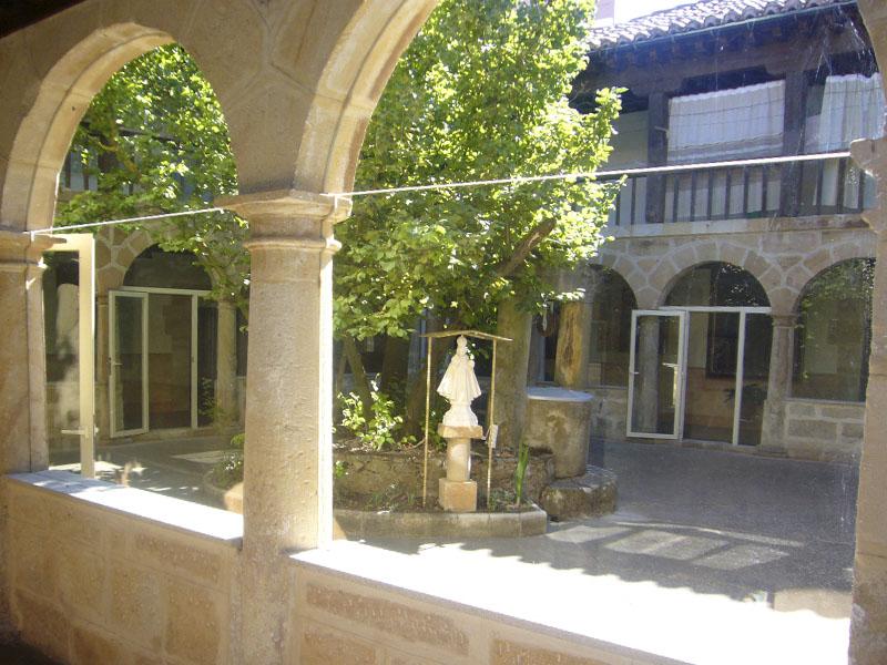 Patio Convento del Carmen