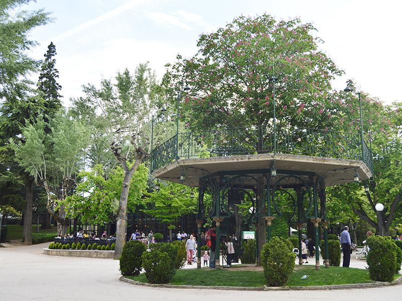 Árbol de la Música en la Alameda de Cervantes de Soria