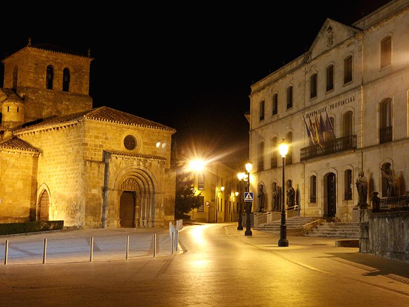 Diputación de Soria por la noche