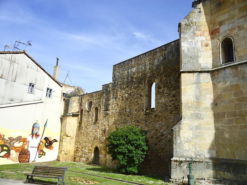 Restos antiguo convento y placita