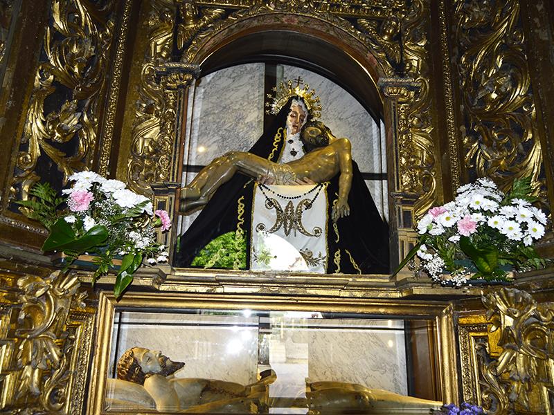 Imagen de la Virgen de la Soledad