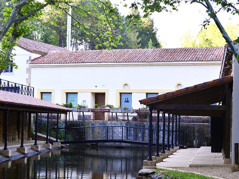 Conjunto lavadero de lanas y molino en rio Duero de Soria
