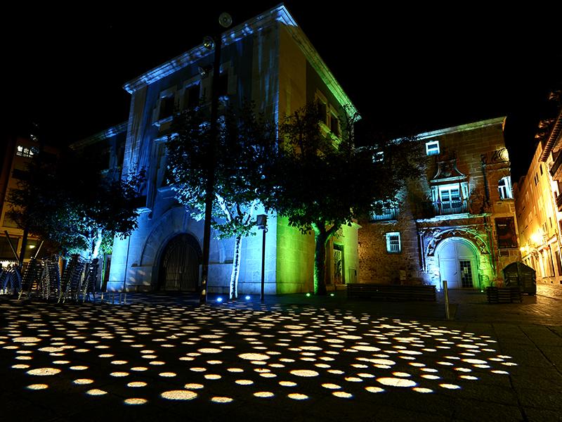 Iluminación nocturna del Palacio
