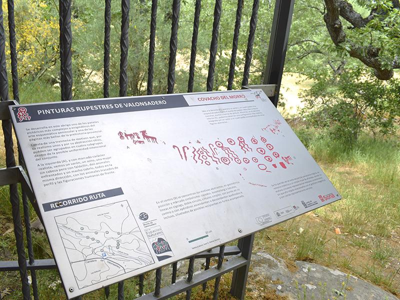 Panel en el Covachón