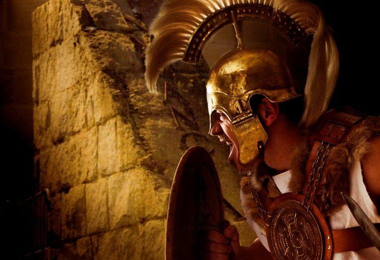 La Vulcanalía se celebra este viernes con el desfile de numantinos y romanos, un rito funerario y la entrega a José Luis Corral del premio 'espíritu numantino'