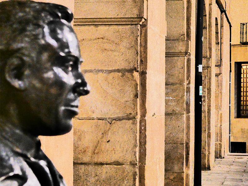 'La maleta de Machado' llega a la Audiencia con motivo del 80 aniversario de la muerte del universal escritor